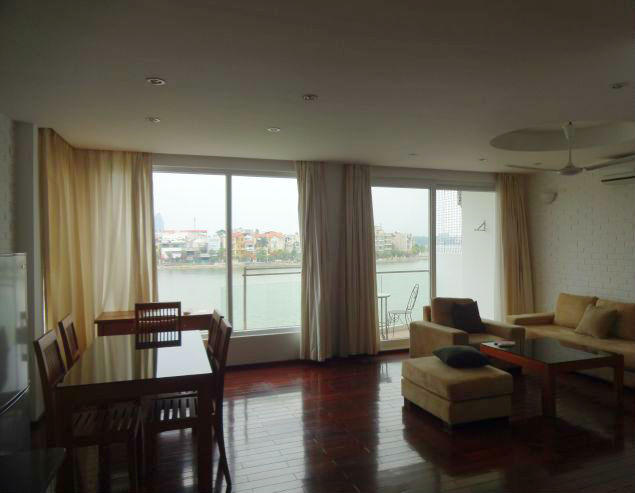Beautiful 2 bedroom serviced apartment with lake view for rent in Xuan Dieu, Tay Ho, Hanoi