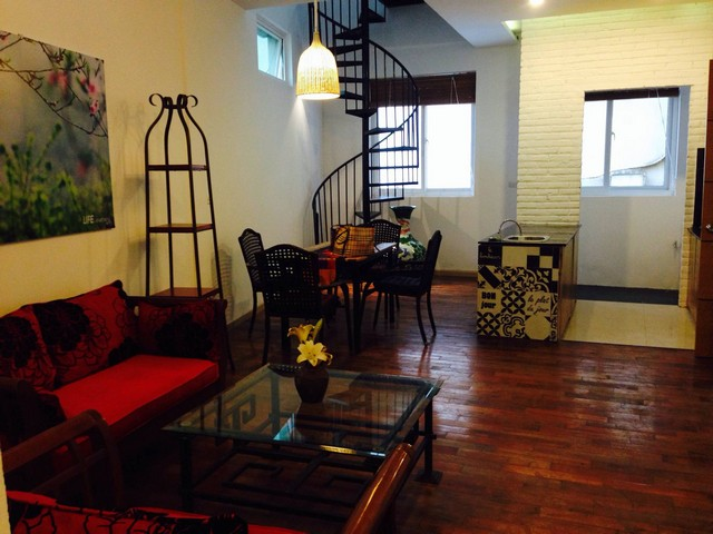 Duplex apartment with 2 bedrooms for rent in Phan Chu Trinh, Hoan Kiem district