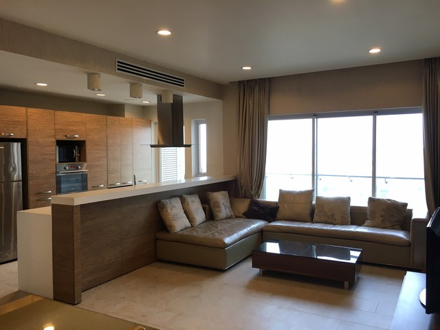 Fully furnished 3 bedroom apartment in Block E, Golden Westlake Hanoi