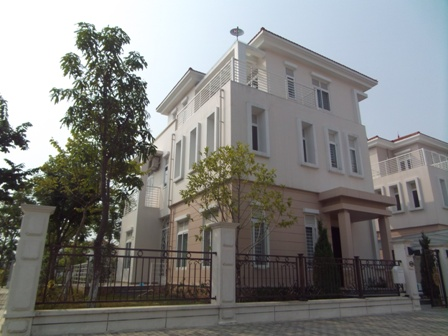 Furnished 5 bedroom villa with 3 stories for rent in Splendora North An Khanh, Hoai Duc district, Hanoi.