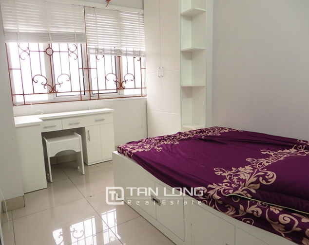 Lake View With 1 Bedroom Serviced Apartment For Rent In Ho Ba Mau Dong Da Dis