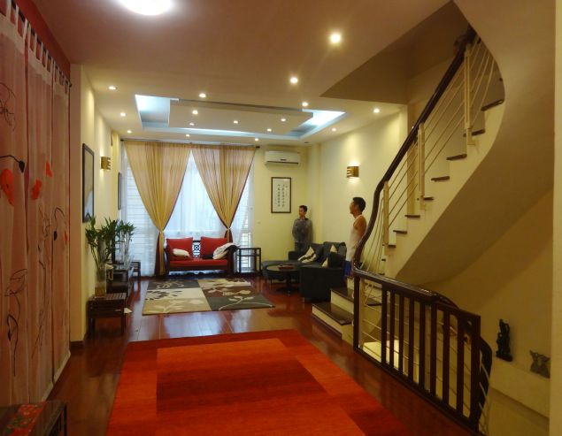 Modern 04 bedrooms house for rent on Au Co, Tay Ho District.