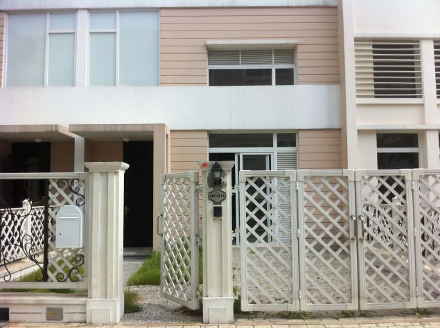Modern 04 storey house for rent in Bac An Khanh Splendora Urban.