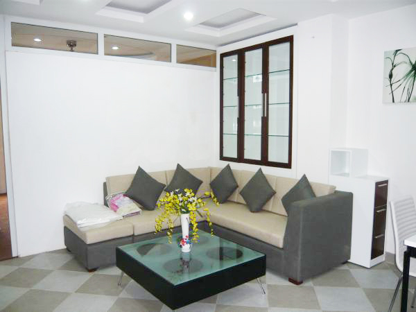 Modern and luxury serviced apartment with 1 bedroom, balcony for rent in Nguyen Huy Tu street, Hai Ba Trung district, Hanoi.