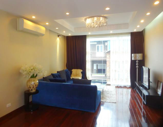 Splendid 2 bedroom serviced apartment rental in To Ngoc Van, Tay Ho district