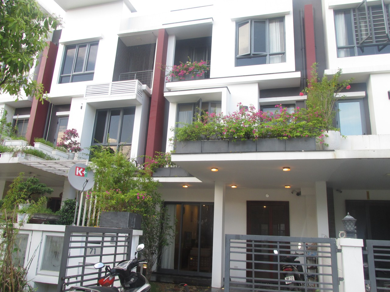 Splendid 3 bedroom terraced house for rent in Gamuda Gardens, Hoang Mai, Hanoi