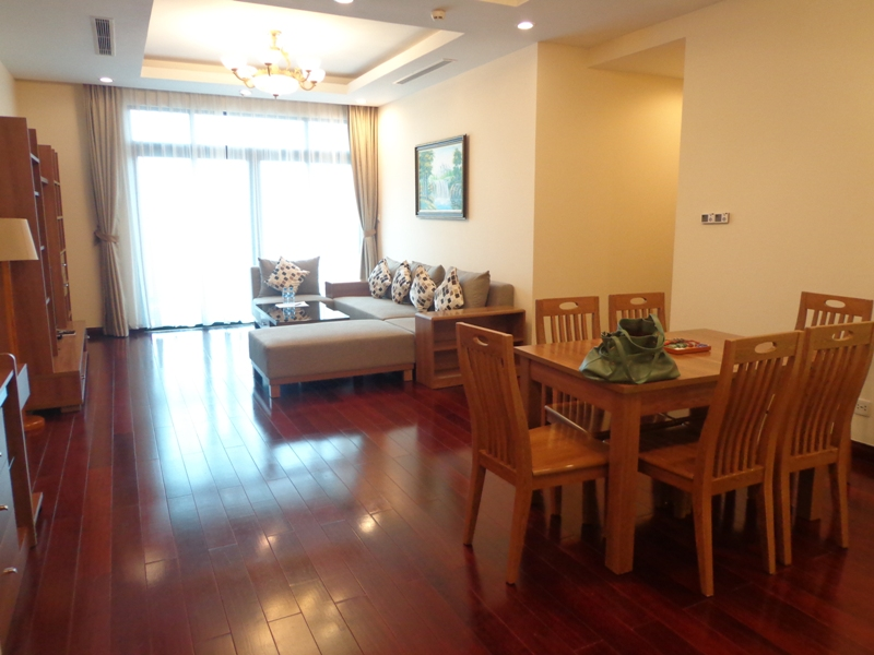 Wonderful 3 bedroom apartment for lease in R2 Royal City Nguyen Trai, Thanh Xuan, Hanoi
