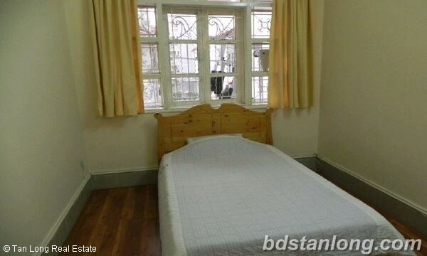 02 bedrooms apartment in Thuy Khue, Tay Ho for rent. 5