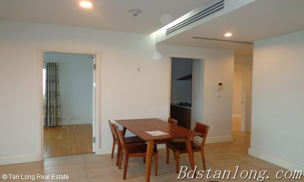 03 bedrooms apartment for lease in Golden Westlake 2