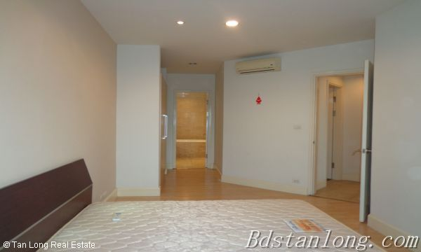 03 bedrooms apartment for lease in Golden Westlake 5