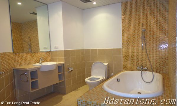 03 bedrooms apartment for lease in Golden Westlake 10
