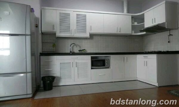 03 bedrooms apartment for rent in Lac Long Quan, Tay Ho, Ha Noi.