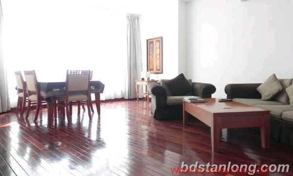 03 bedrooms apartment in Yen Phu road, Tay Ho for rent 2