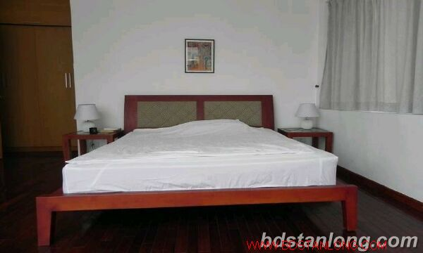 03 bedrooms apartment in Yen Phu road, Tay Ho for rent 5