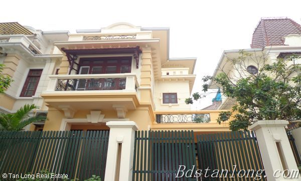 04 bedrooms villa for rent in D3 Ciputra Hanoi 1