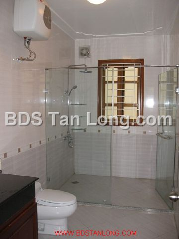 04 bedrooms villa is position on 4th floor in Xuan Dieu street, Tay Ho dist for rent 7