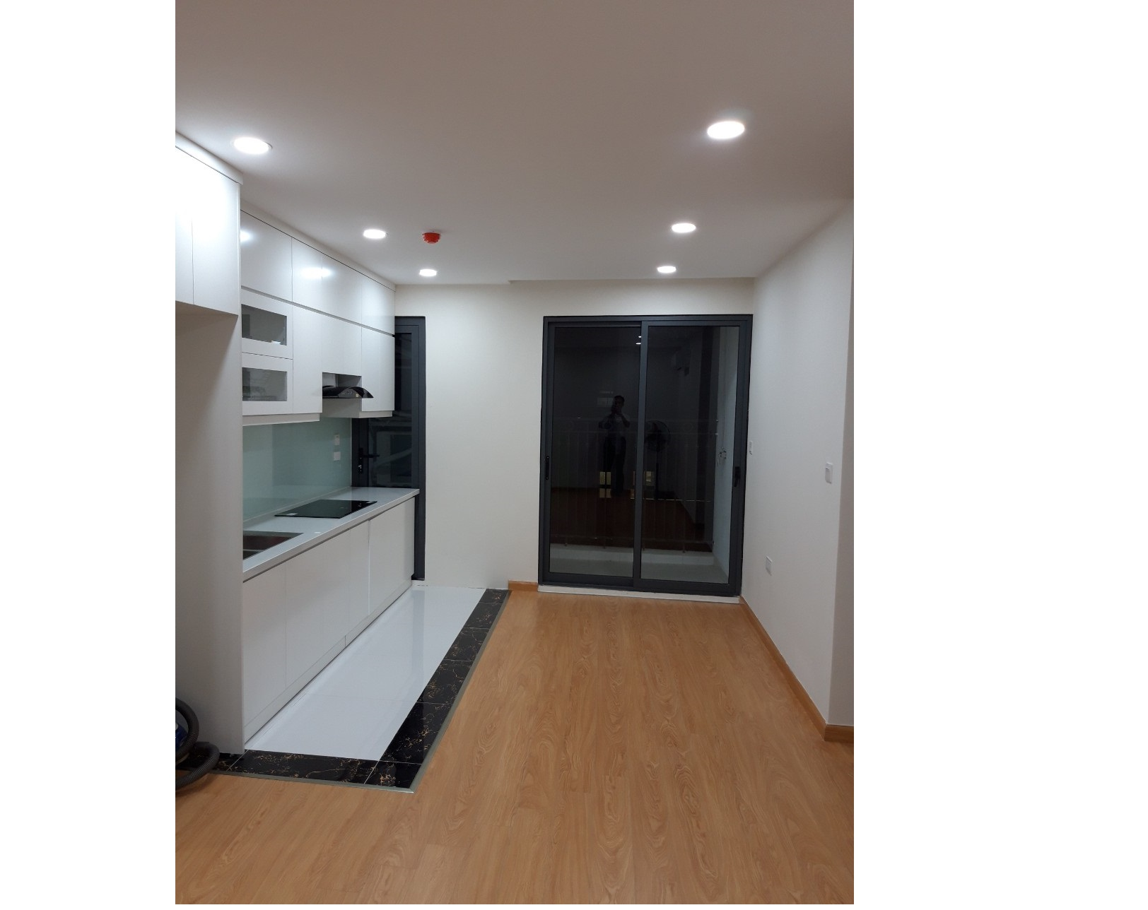 1 bedroom apartment for rent in The Garden Hills, Tran Binh street, Cau Giay district
