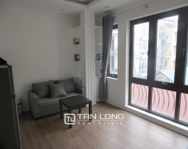 1 bedroom apartment for rent on Alley 210 Doi Can street, Ba Dinh 2