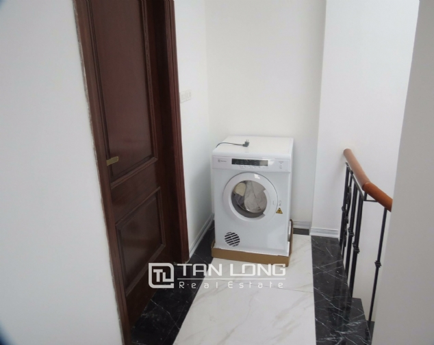 1 bedroom apartment for rent on Alley 210 Doi Can street, Ba Dinh 7