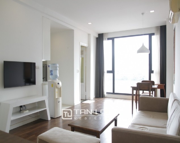 1 bedroom apartment for rent on Nguyen Chi Thanh 4