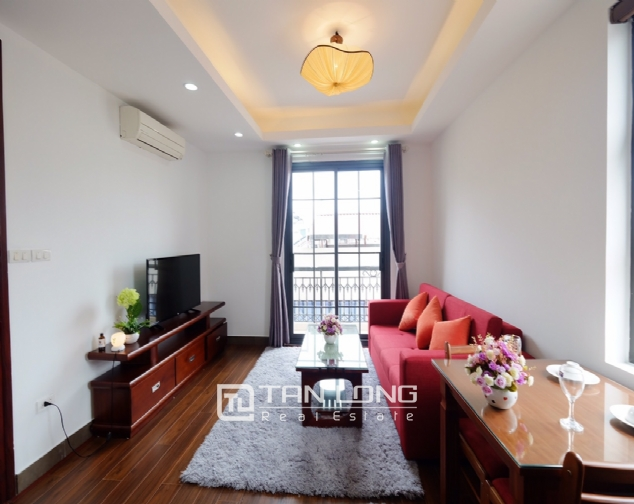 1 bedroom serviced apartment for rent on Dao Tan street 1