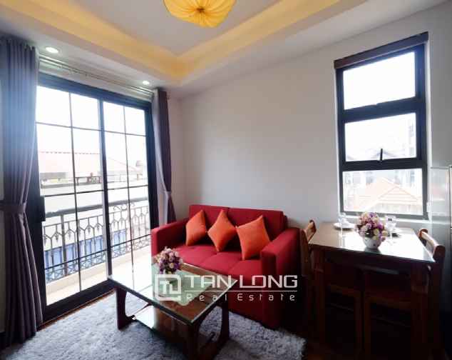 1 bedroom serviced apartment for rent on Dao Tan street 2