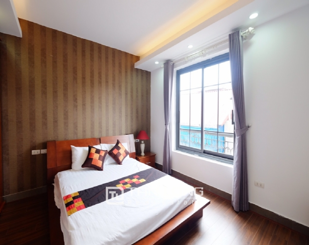 1 bedroom serviced apartment for rent on Dao Tan street 6