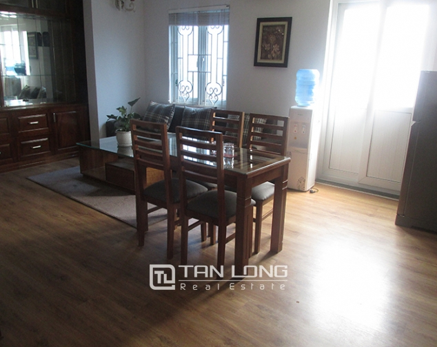 1 bedroom serviced apartment rental in Lang Ha, cozy space, nice furniture 3