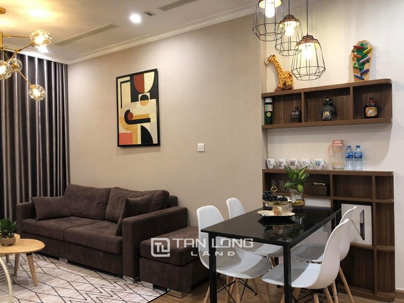 $1.000 / 2Br Fully furnished apartment for rent in Vinhomes Skylake 5