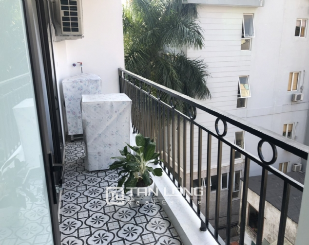 2 bedroom apartment for lease in Au Co street, Tay Ho district! 3