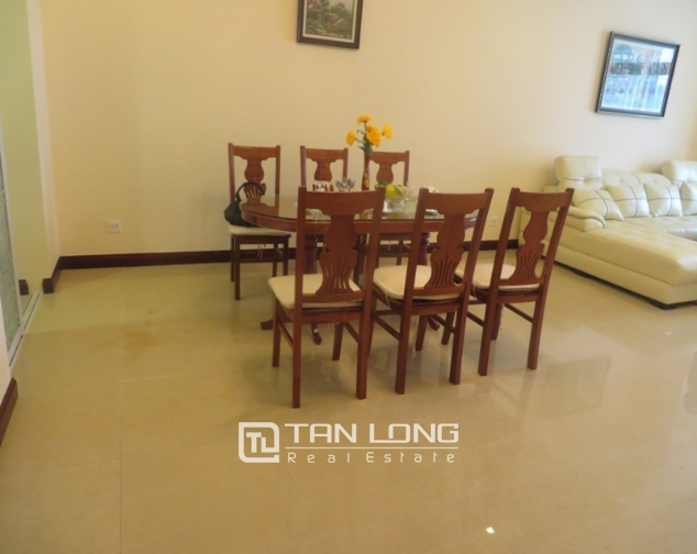2 bedroom apartment for lease in R4 Royal City, Thanh Xuan, Hanoi 2