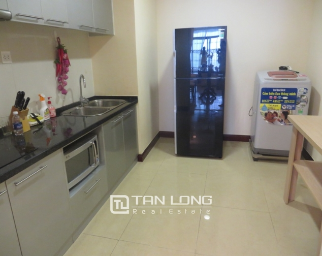 2 bedroom apartment for lease in R4 Royal City, Thanh Xuan, Hanoi 3
