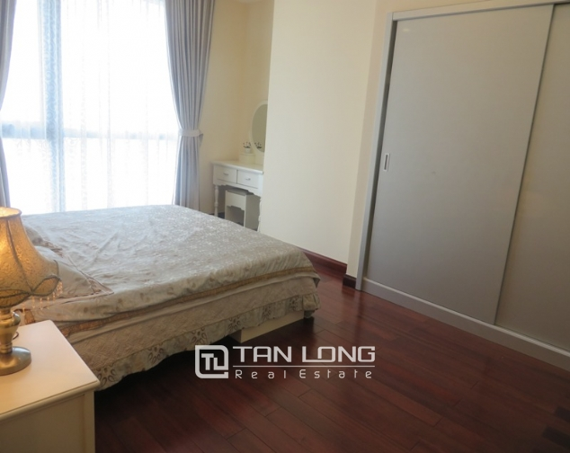 2 bedroom apartment for lease in R4 Royal City, Thanh Xuan, Hanoi 4