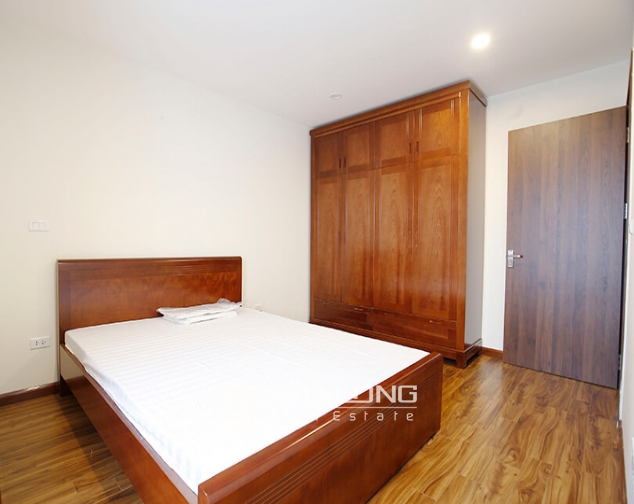 2 bedroom apartment for rent in Lac Hong Building, Tay Ho street 6