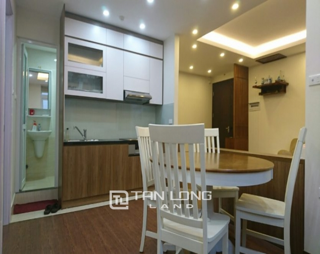 2 bedroom apartment for rent in Lane 3, Van Cao street, Ba Dinh 2