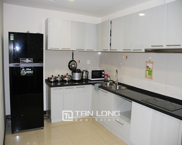 2 bedroom apartment for rent in R5 Vinhomes Royal City, nice decoration 3