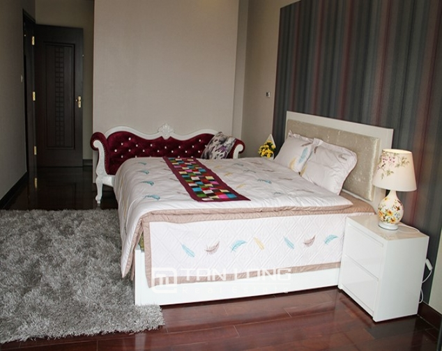2 bedroom apartment for rent in R5 Vinhomes Royal City, nice decoration 6
