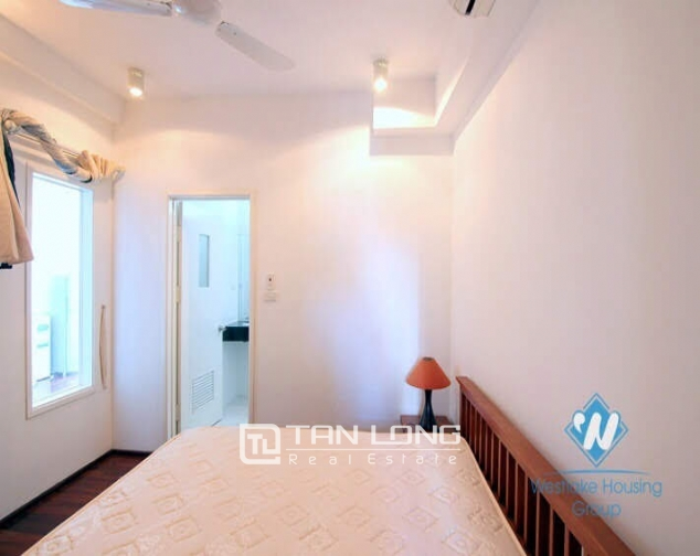 2 bedroom apartment for rent on Quang An street, Tay Ho facing West Lake 7