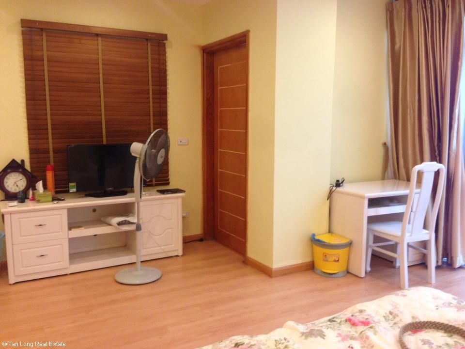 2 bedroom serviced apartment in Ngoc Lam, Long Bien district, Hanoi. 2