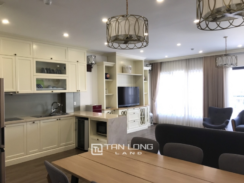 2 bedrooms apartment for rent in Tay Ho street 4