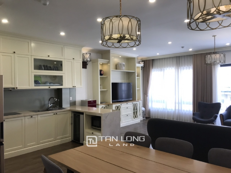 2 bedrooms apartment for rent in Tay Ho street 12