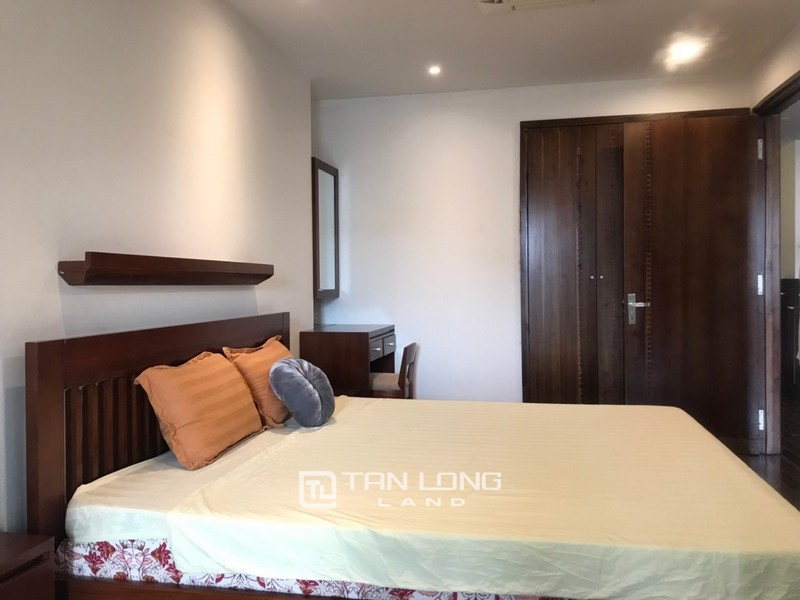 2 bedrooms apartment for rent in Xuan Dieu street, Tay ho district 3