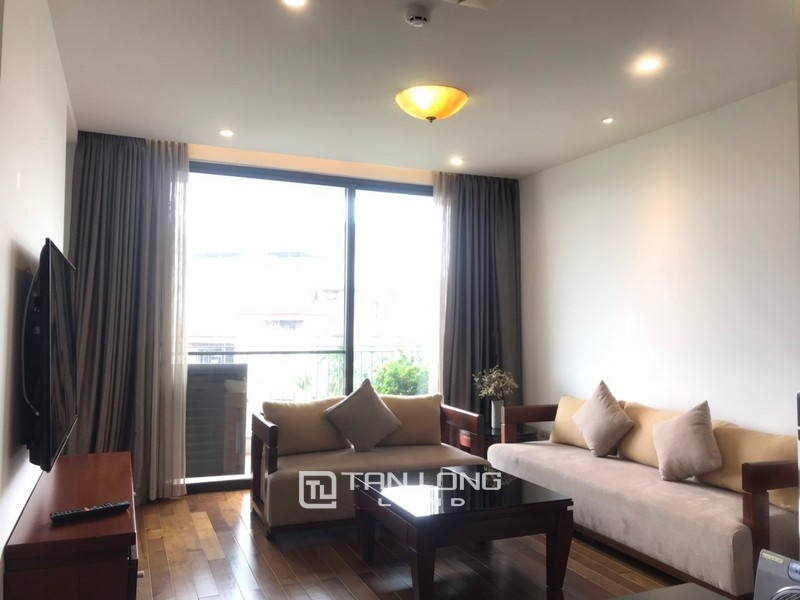 2 bedrooms apartment for rent in Xuan Dieu street, Tay ho district 1