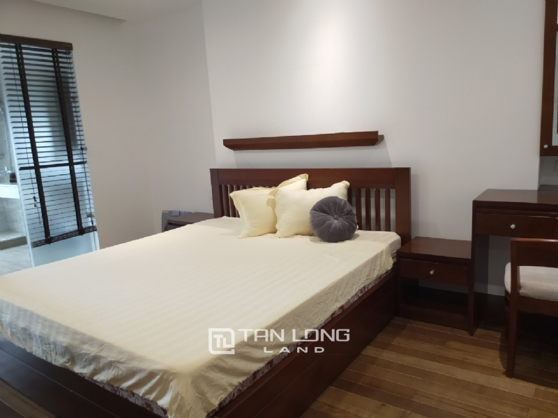 2 bedrooms apartment for rent in Xuan Dieu street, Tay ho district 13