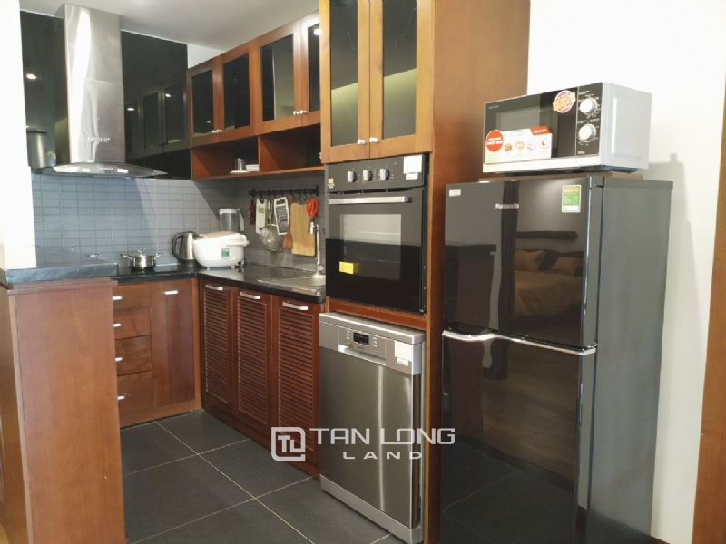 2 bedrooms apartment for rent in Xuan Dieu street, Tay ho district 14