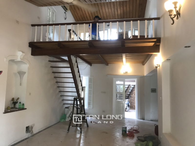 250sqm-2bedrooms a villas for rent in Tu Hoa street, Tay Ho district 3