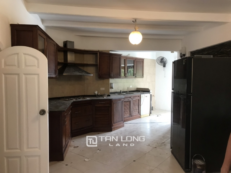250sqm-2bedrooms a villas for rent in Tu Hoa street, Tay Ho district 17