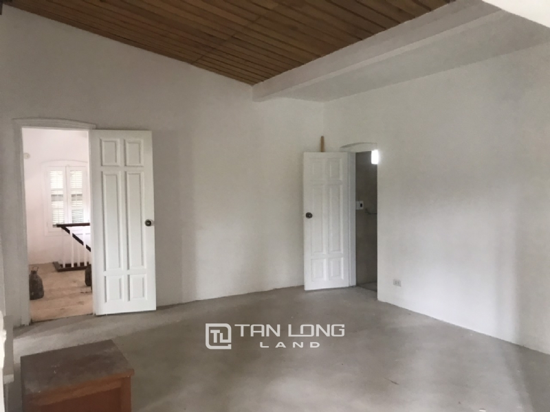 250sqm-2bedrooms a villas for rent in Tu Hoa street, Tay Ho district 18