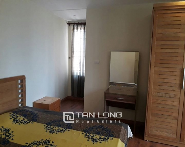 3 BEBROOM APARTMENT FOR RENT ON GIANG VO, BA DINH 3
