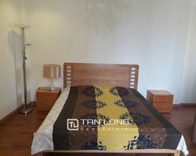 3 BEBROOM APARTMENT FOR RENT ON GIANG VO, BA DINH 7